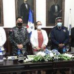 La Dirección de la Policía Comunitaria junto a la Dirección Regional Cibao Central, Santiago de los Caballeros, realizaron  un encuentro comunitario con gestores sociales de la localidad