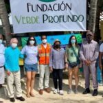 Defensa Civil apoya jornada de reforestación de manglares en Laguna Arrecifal de Boca Chica