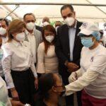 Director ejecutivo de SeNaSa realiza recorrido junto a vicepresidenta en SPM; entregan donación
