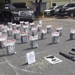 Detienen siete hombres y ocupan 168 paquetes presumiblemente cocaína en finca de Barahona